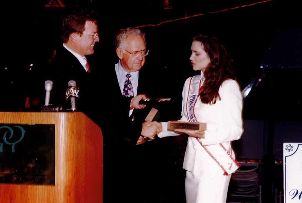 Co-Grand Marshals Dave Thomas and Brandi Sherwood