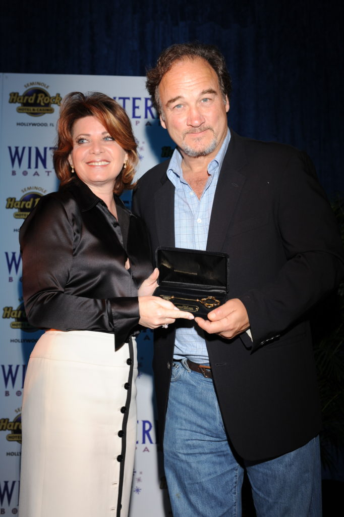 2008 GM Reception Jim Belushi with Stacy Ritter