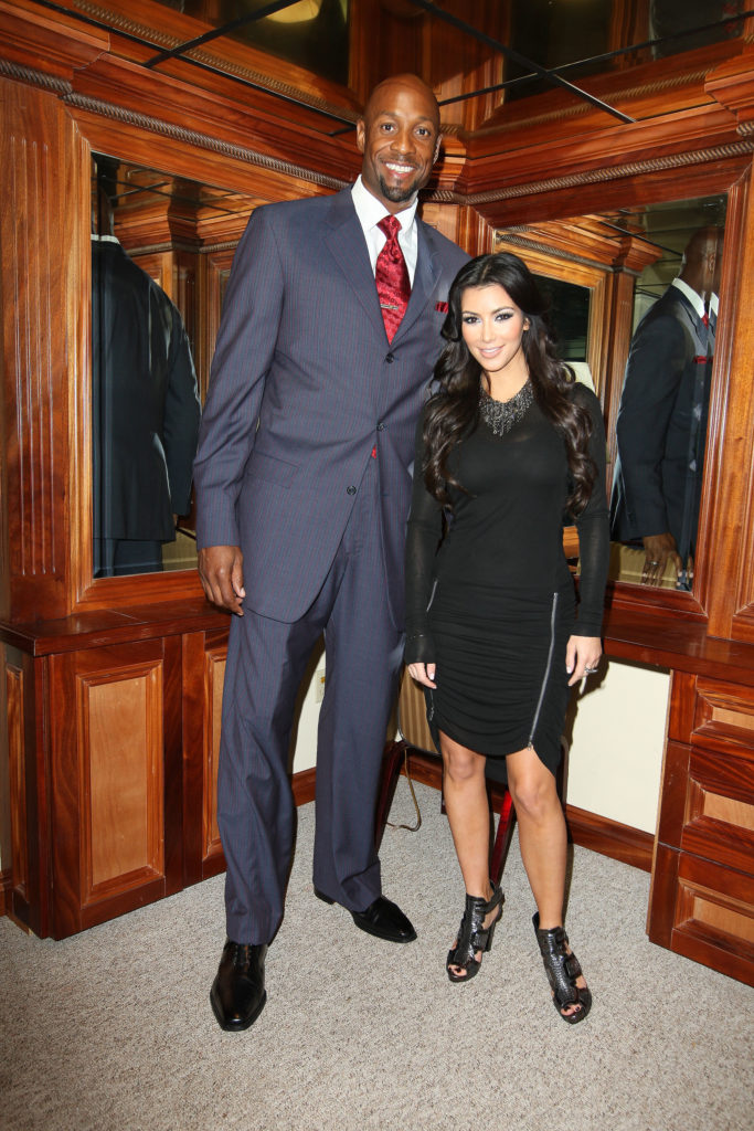 2009 GMs Alonzo Mourning and Kim Kardashian
