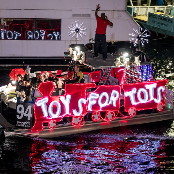 An image of a Non-Profit Boat entry in the Winterfest Boat Parade