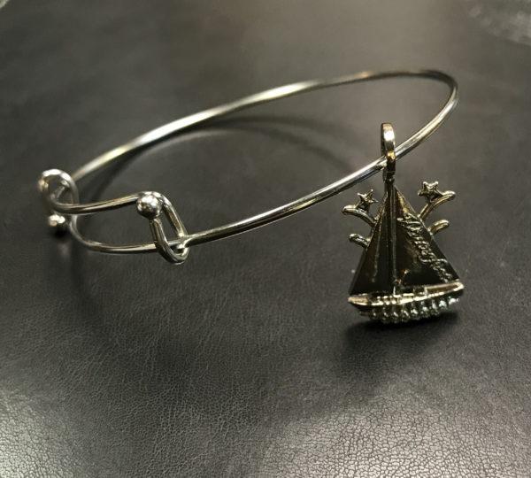 The Winterfest Boat Bracelet in Silver color
