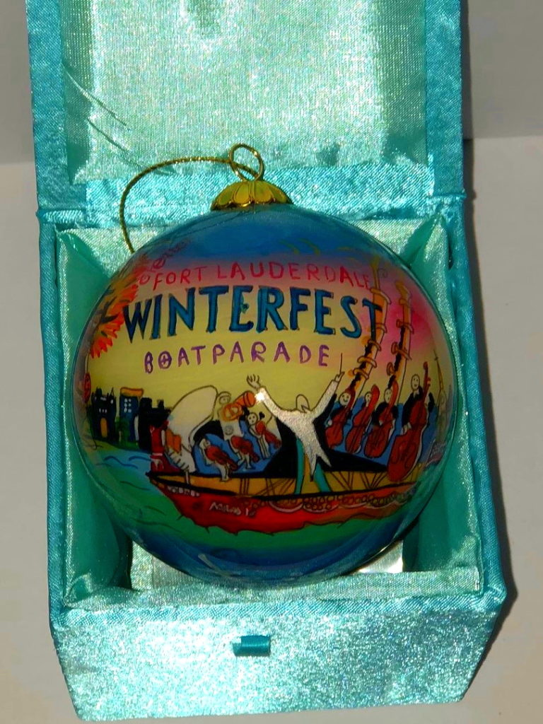 """2009 Collectible Ornament - """"That's Entertainment"""""""